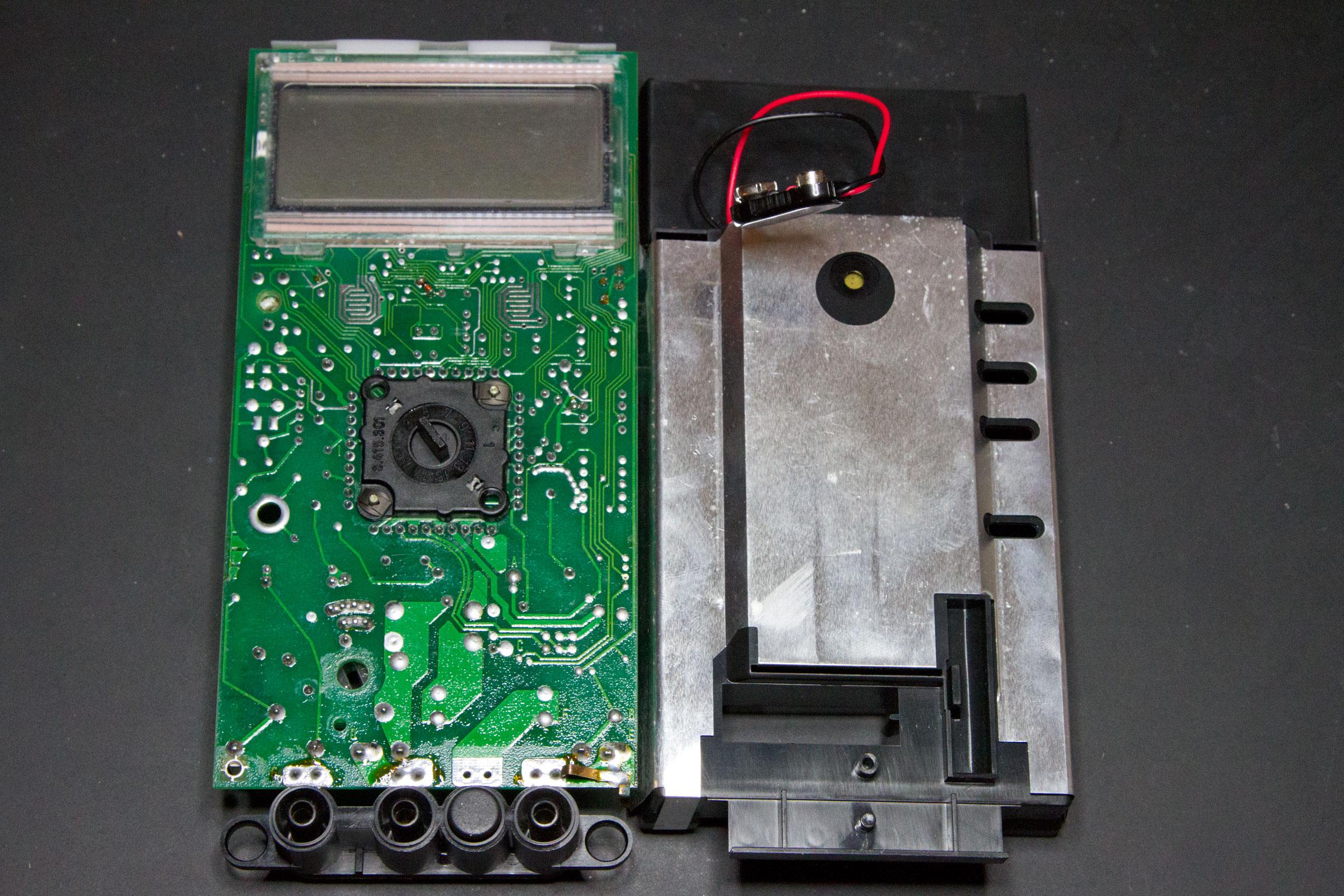 ABB Metrawatt M2004's Guts (front)